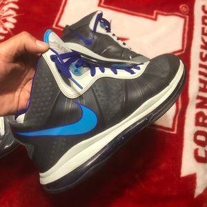 """Nike Air Max Lebron 8 """"Hornets"""""""